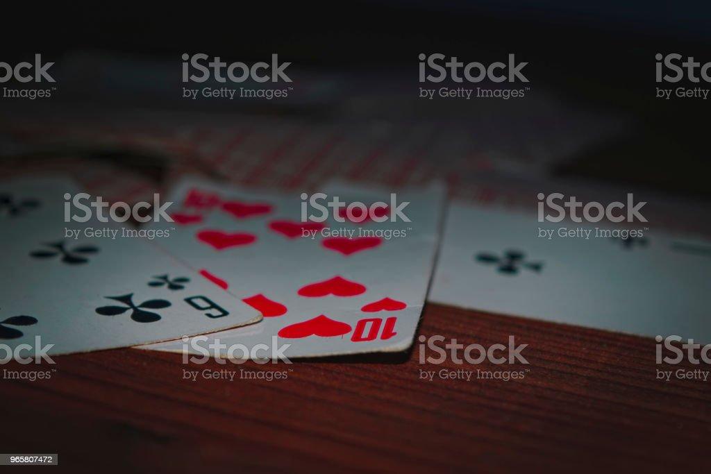 Старые игральные карты - Стоковые фото Азартные игры роялти-фри
