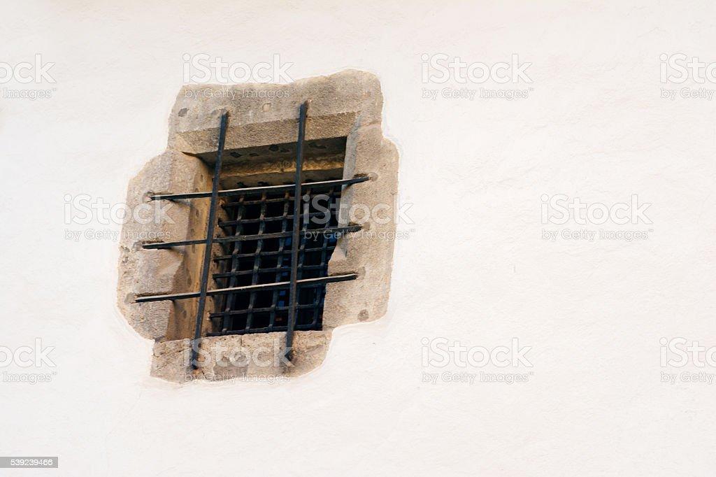 Antigua ventana de cárcel foto de stock libre de derechos
