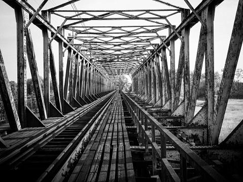 Old steel railway bridge in Czernica near Wrocław, Poland. It is 430 meters long and was built in 1909.