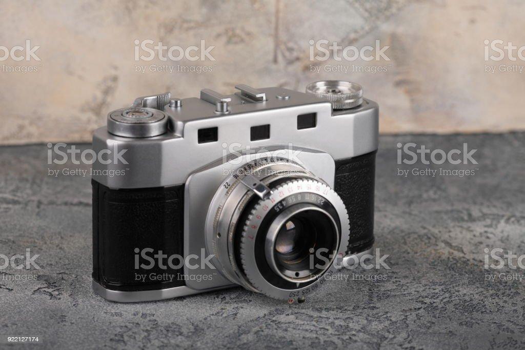 Entfernungsmesser Für Fotografie : Alten entfernungsmesser filmkamera auf einen konkreten hintergrund