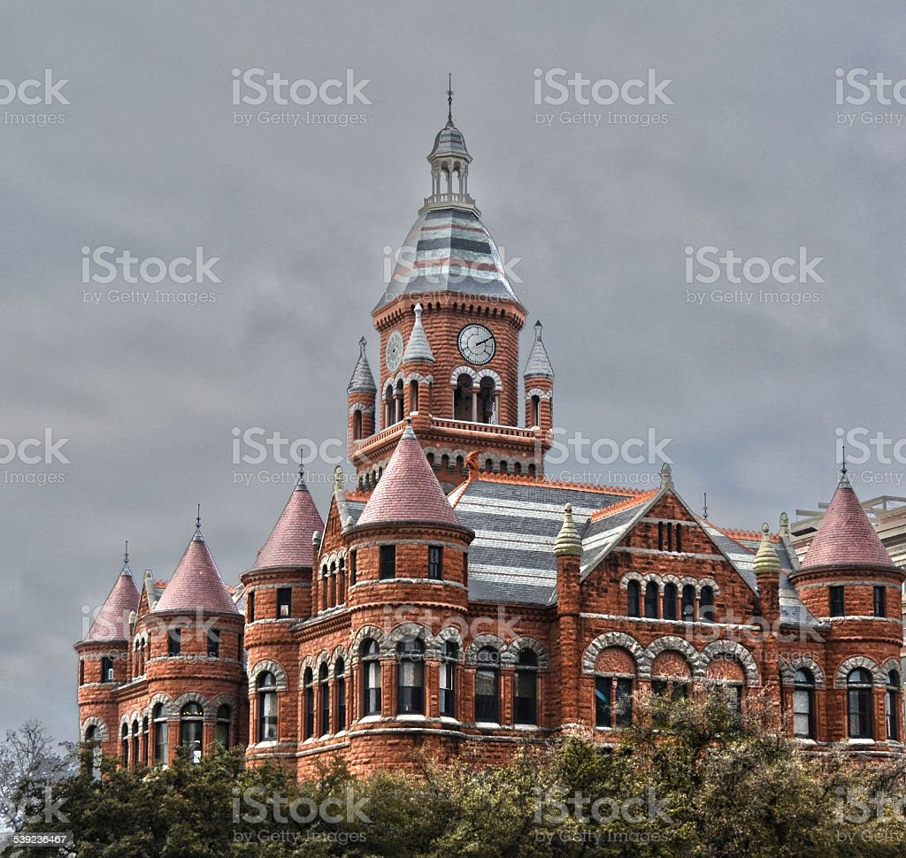 Old Red Courthouse no centro da cidade de Dallas. foto royalty-free