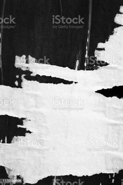 Photo libre de droit de Old Ripped Torn Paper Crumpled Creased Posters Grunge Textures Backdrop Surface Backgrounds Placard Black And White Stock Photo banque d'images et plus d'images libres de droit de Abstrait