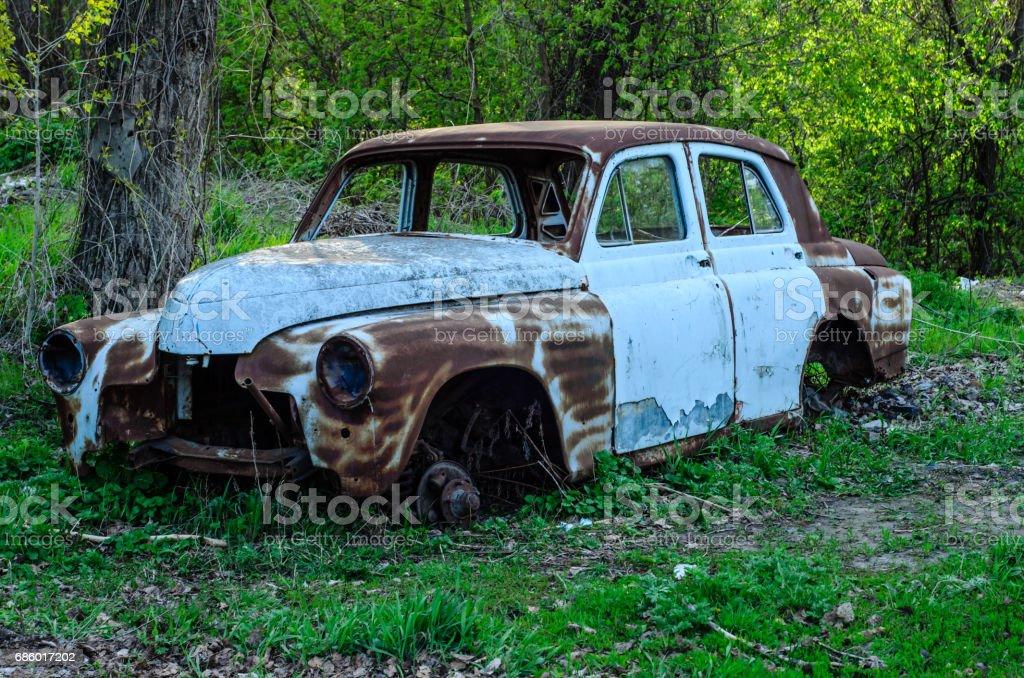 Old rusty car body - foto de stock