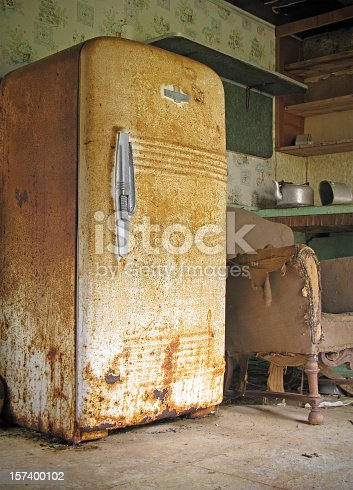 istock Old Rusty Kitchen in Abandoned House 157400102