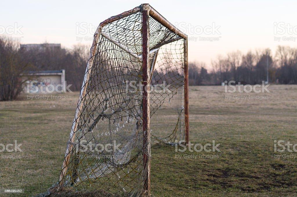 Alte rostige Fußball Ziel auf Sonnenuntergang Konzept, Nostalgie – Foto
