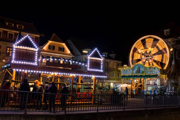 Altes Spinnferris-Rad auf Kinderweihnachtsmesse in Graz – Foto