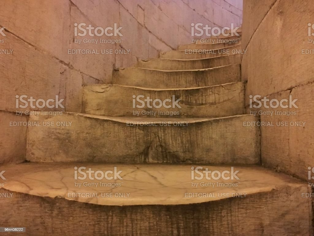 Old escadas - Foto de stock de Antigo royalty-free