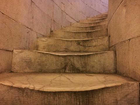 Foto de Old Escadas e mais fotos de stock de Antigo