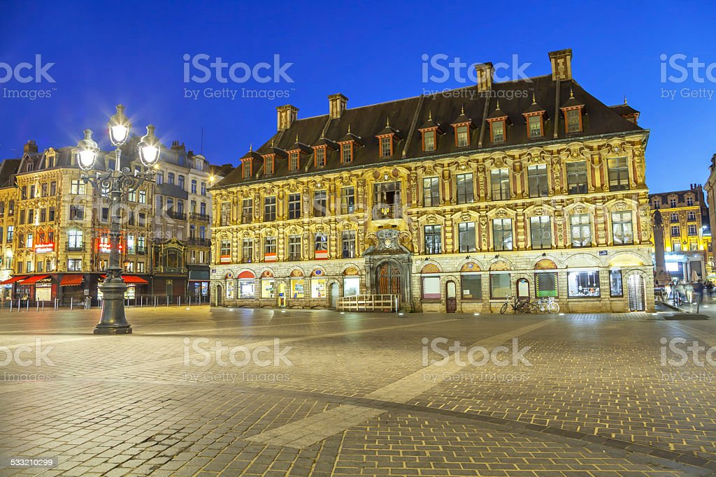 Old stock exchange building, à Lille - Photo