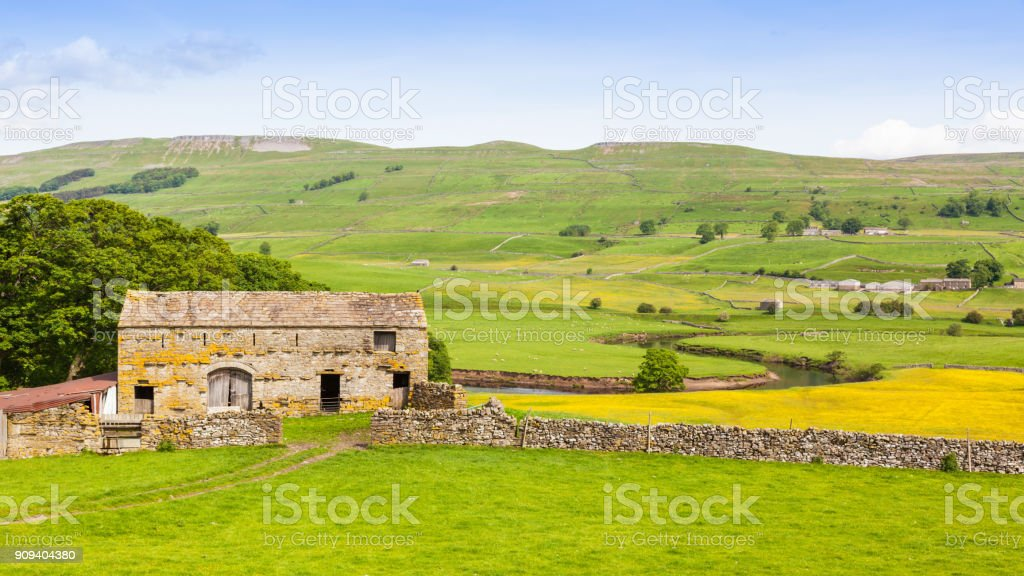 Old Stone Barn in the Yorkshire Dales stock photo