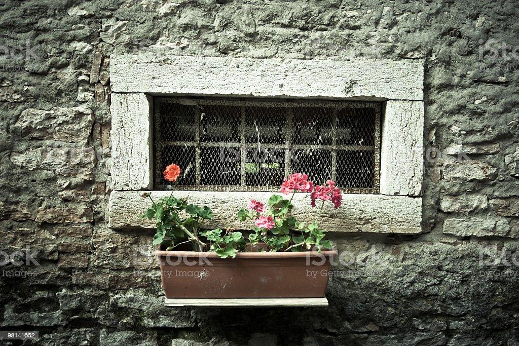 Pietra vecchia finestra foto stock royalty-free