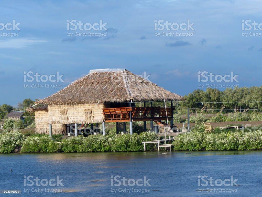 Old Thai house - Zbiór zdjęć royalty-free (Architektura)