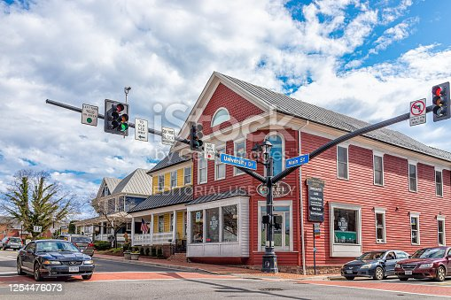 istock Old town downtown at University drive, Main street intersection with stores shops 1254476073