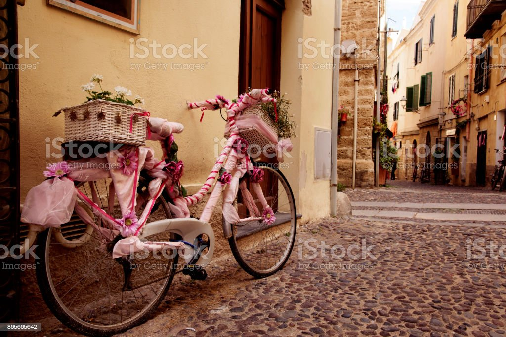 casco antiguo de Alghero, Cerdeña, Italia - foto de stock