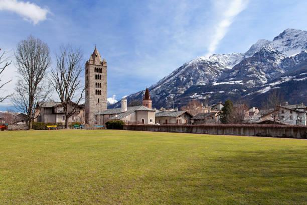 Casco antiguo de Aosta, Valle d ' Aosta, Italia - foto de stock