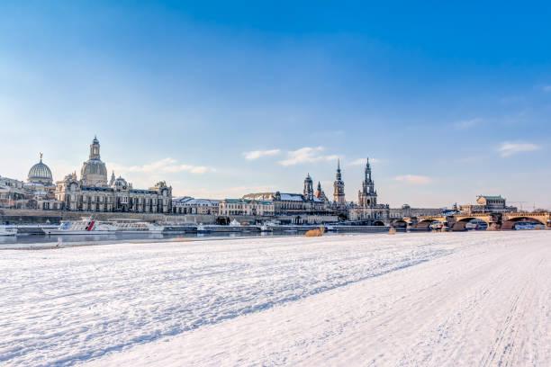 Old town of Dresden in winter – Foto