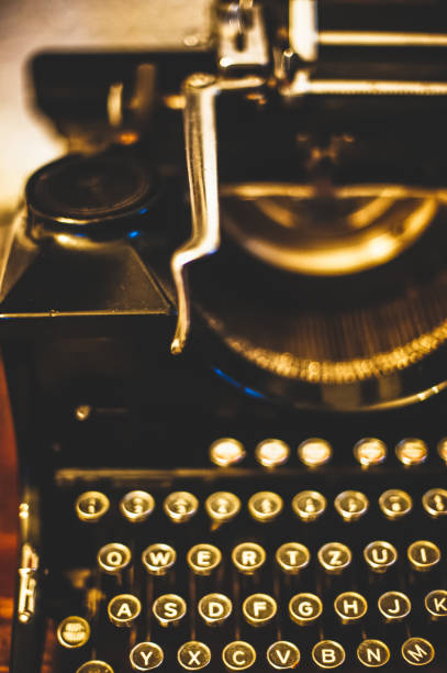Vieja máquina de escribir. - foto de stock