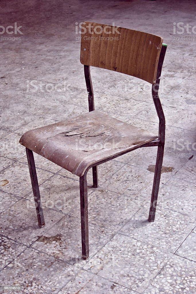 Vecchia sedia, brutto foto stock royalty-free
