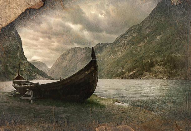 Old viking boat in Gudvangen village near Flam, Norway - foto de stock