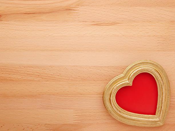 Alte Jahrgang verzierte Bilderrahmen. Hintergrund Valentinstag. – Foto