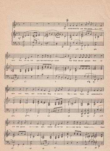 Old Vintage Sheet Music Stok Fotoğraflar & Arka planlar'nin Daha Fazla Resimleri