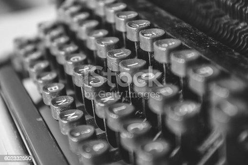 istock Old vintage typewriting machine 602332550