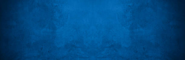 la vieille texture de modèle de mur cimente la conception abstraite foncée de couleur de couleur est claire avec le fond noir de gradient. - bleu photos et images de collection