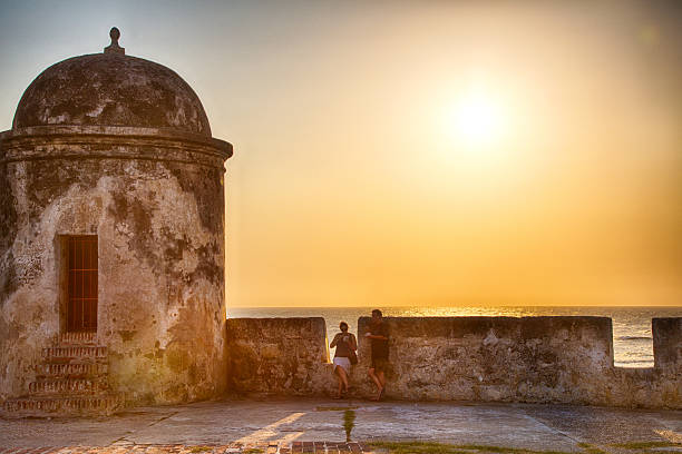 Alte Mauer Sonnenuntergang – Foto