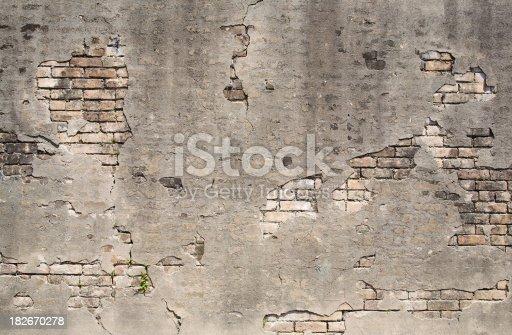 istock Old wall texture 182670278