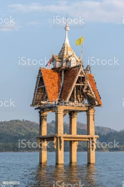 Eski Wat Wang Wiwekaram Sualtı Songkaria Nehri Stok Fotoğraflar & Antik'nin Daha Fazla Resimleri