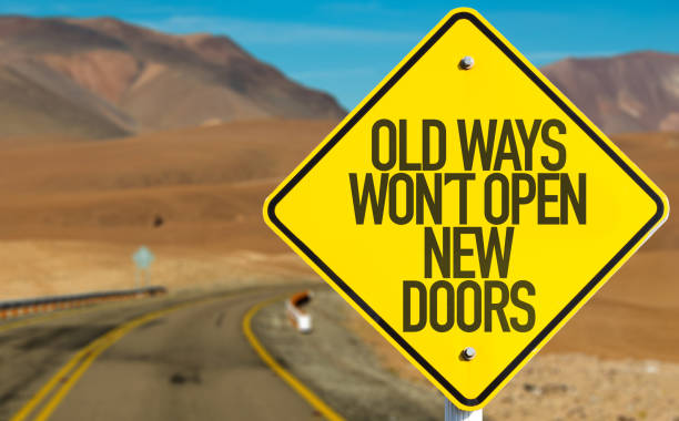 old ways wont open new doors - immagine foto e immagini stock
