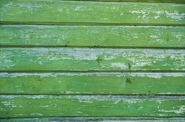 old weathered wood planks painted in green. - treibholz wandkunst stock-fotos und bilder