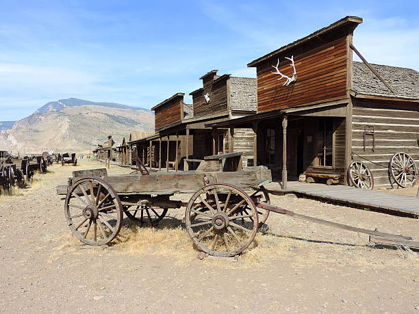 old western town - west direction stock pictures, royalty-free photos & images