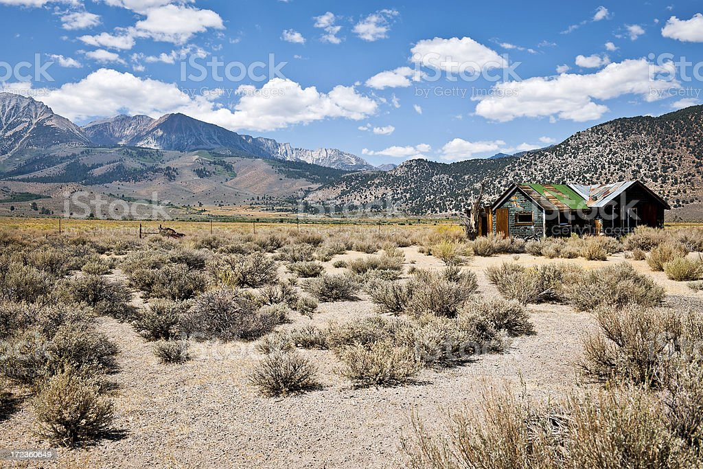 Old Wodden House by Highway 395 California USA royalty-free stock photo