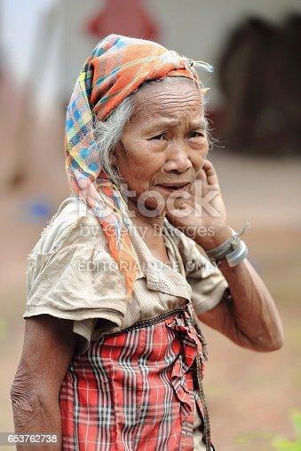 655549158istock Media tribu de mujer-Lanten  Nam Ha área