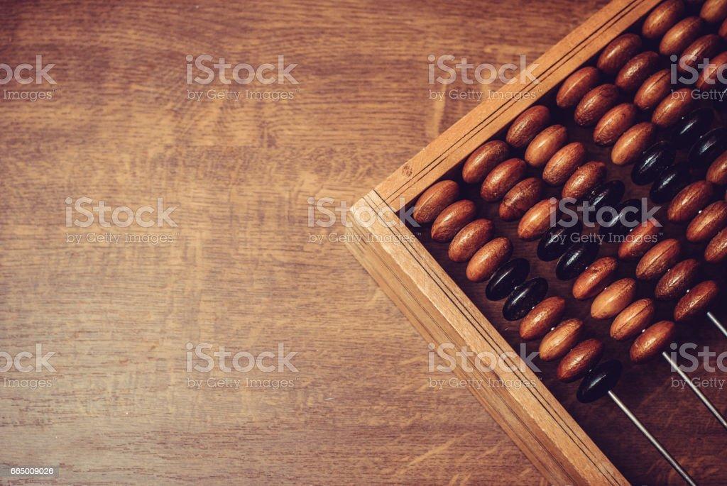 Ábaco de madera antiguo - foto de stock