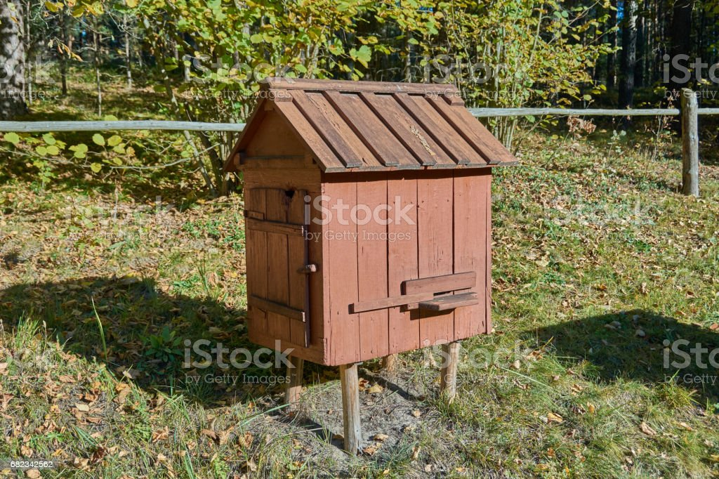 Old wooden beehive royalty free stockfoto