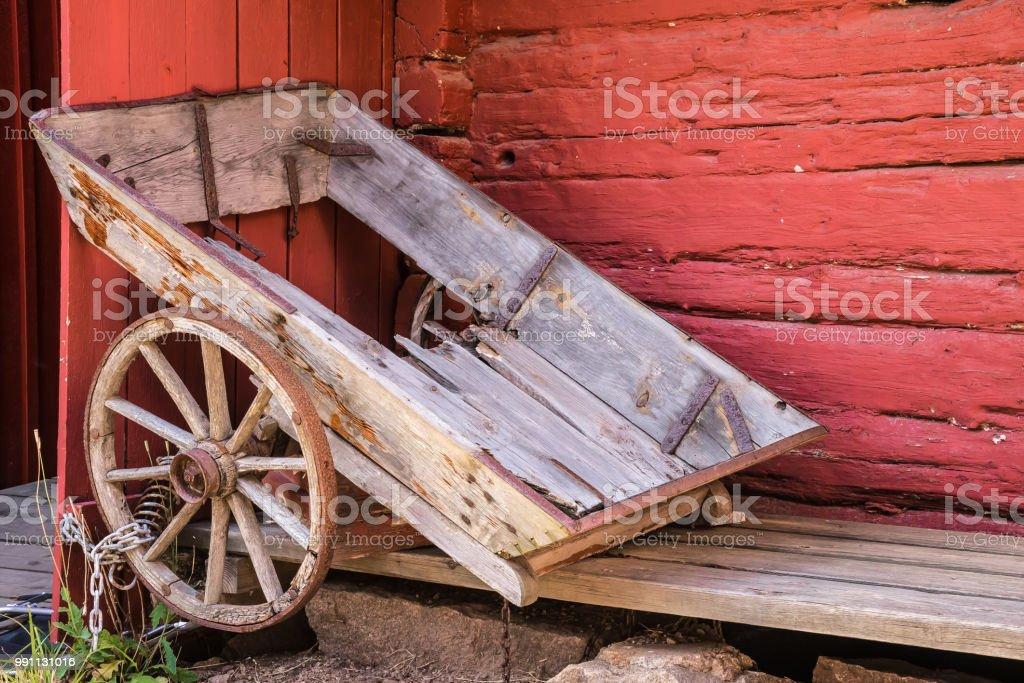 Gammal trä vagn bildbanksfoto