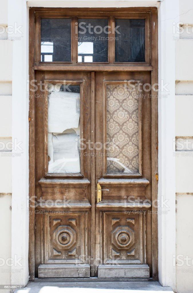 Old wooden door Стоковые фото Стоковая фотография