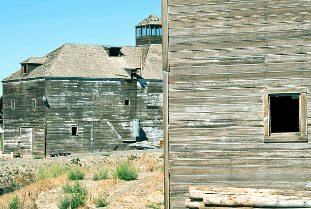 Old Wooden Hops Processing Plants In Yakima Valley Wa Stock