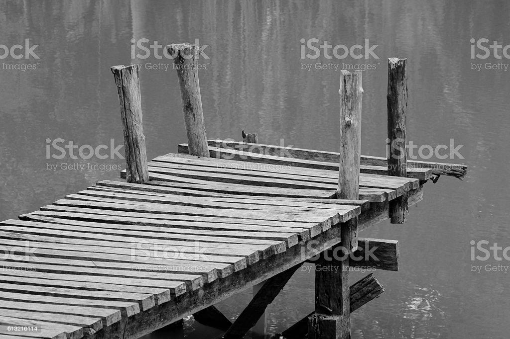 Legno Bianco E Nero : Arredare con il nero bianco e legno