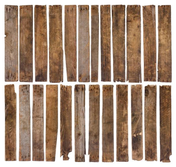 stare drewniane deski odizolowane na białym tle - deska zdjęcia i obrazy z banku zdjęć
