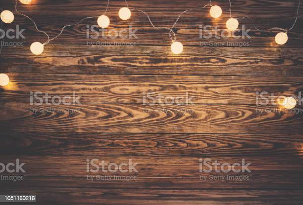 Old wooden planks with christmas decoration picture id1051160216?b=1&k=6&m=1051160216&s=612x612&h=lxgyrse9ayeta3beo8fbf8eah1t nzmmvo0hqxgl1zc=