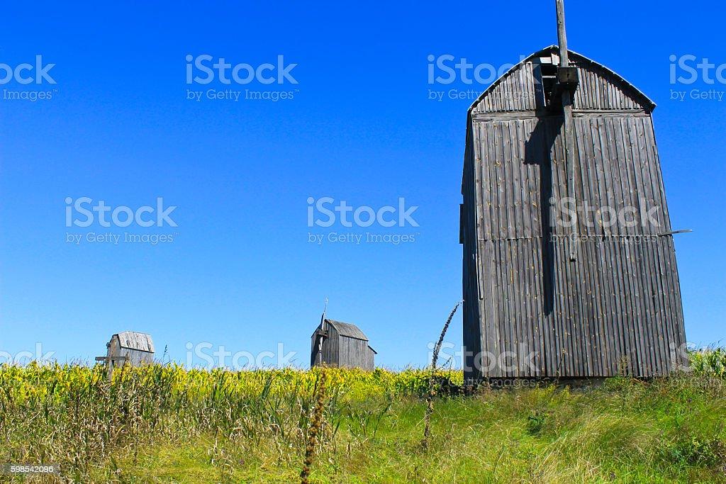 Old wooden windmill in Ukraine photo libre de droits