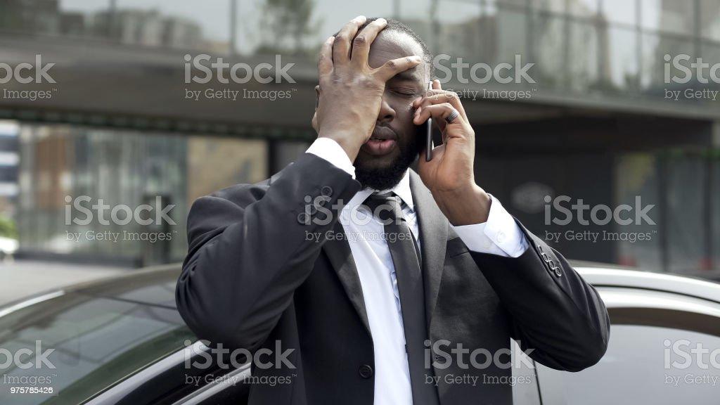 Oligarch empört über unangenehme Telefonat mit Ex-Frau, Scheidung - Lizenzfrei Abmachung Stock-Foto