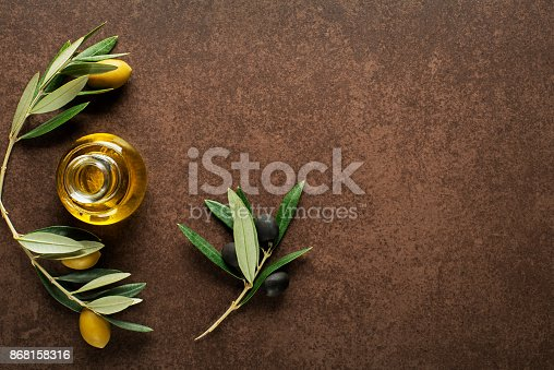 istock Olive oil background 868158316