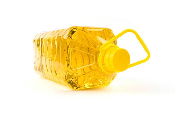 olive oil plastic isolated on white background - palm oil bottles imagens e fotografias de stock