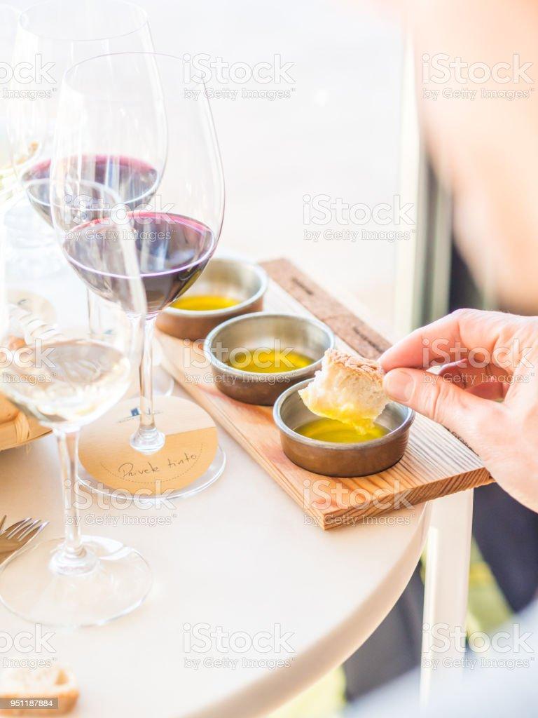 Olivenöl Verkostung in der Region Alentejo, Portugal – Foto