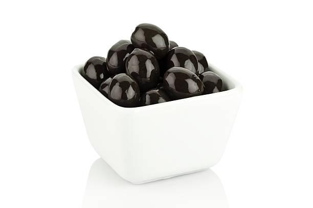 aceitunas - negras maduras fotografías e imágenes de stock