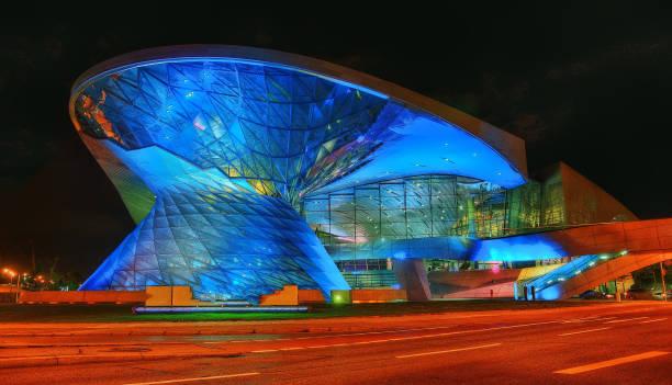 olympia-stadion münchen - museum für naturkunde stock-fotos und bilder